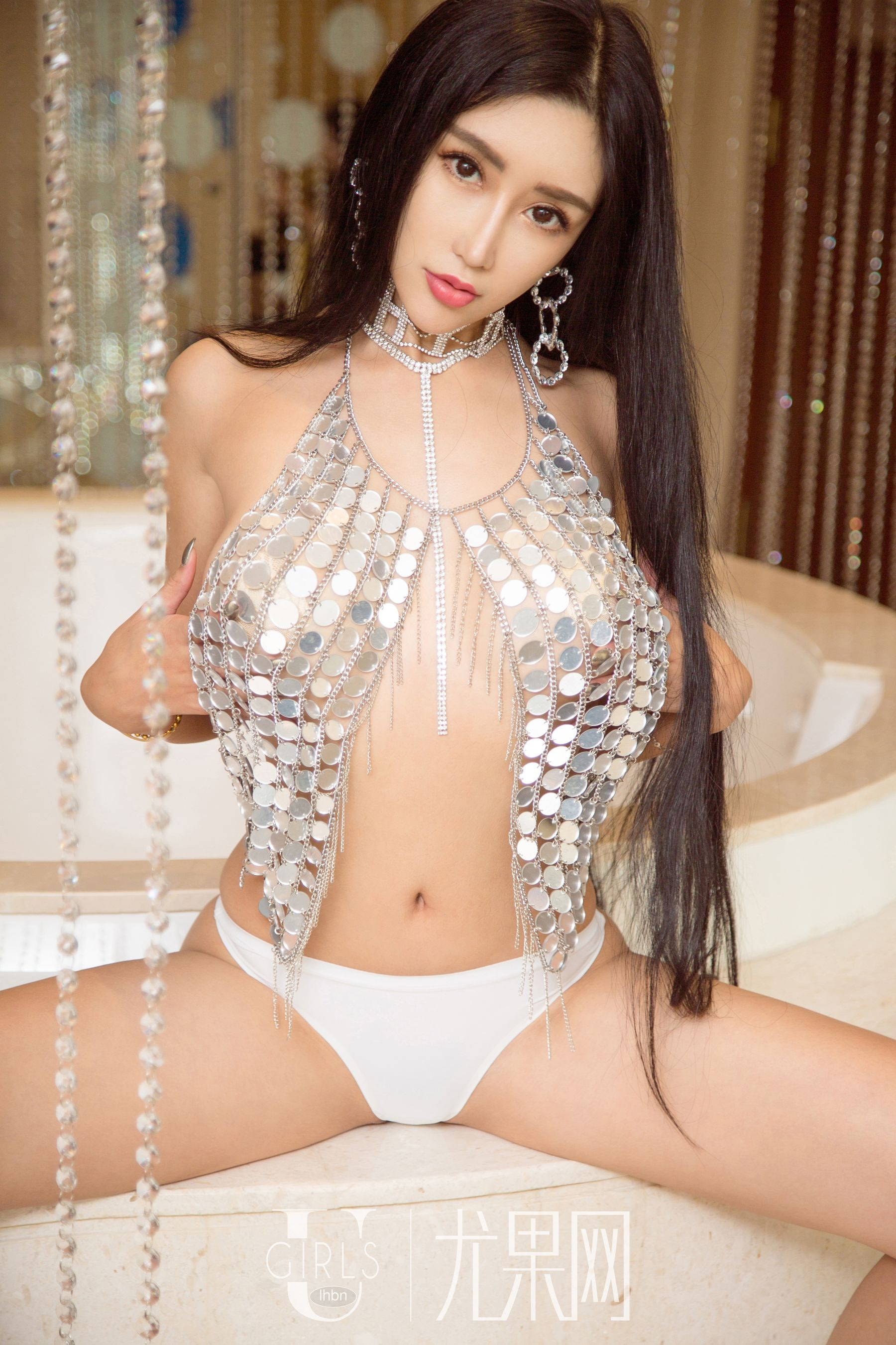 hot transparent Chinese glamour