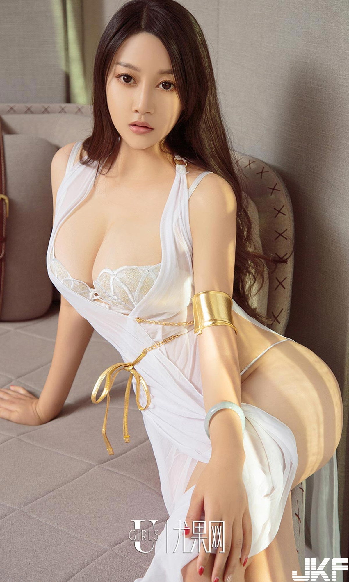 gorgeous Chinese in hot lingerie